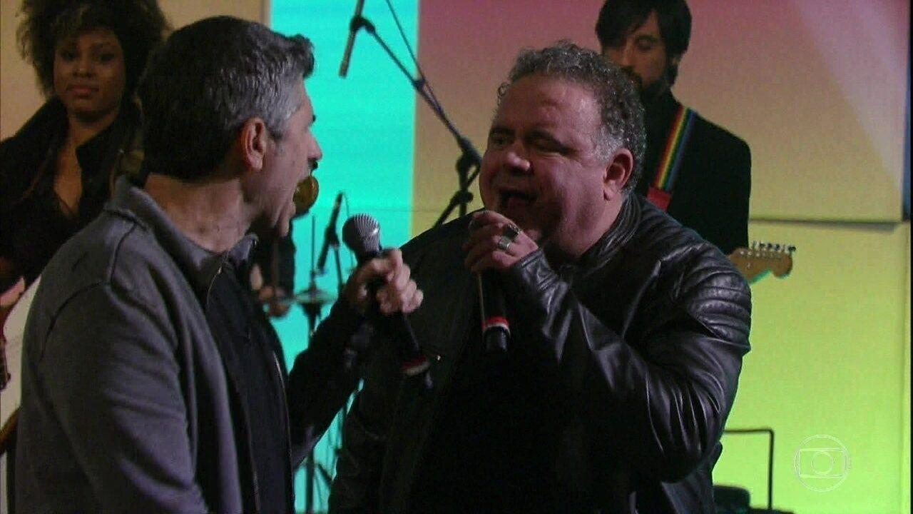Leo Jaime e Leoni cantam 'Solange'