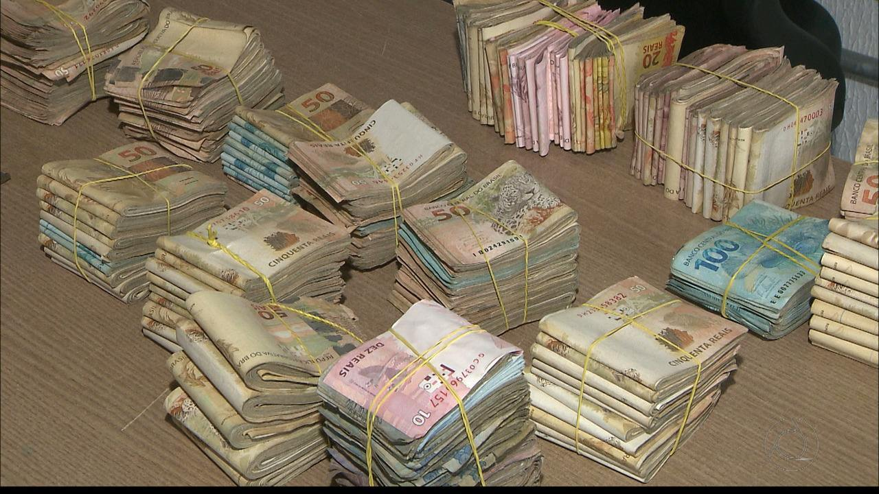 Polícia encontra mais de R$ 150 mil dentro de um carro em João Pessoa