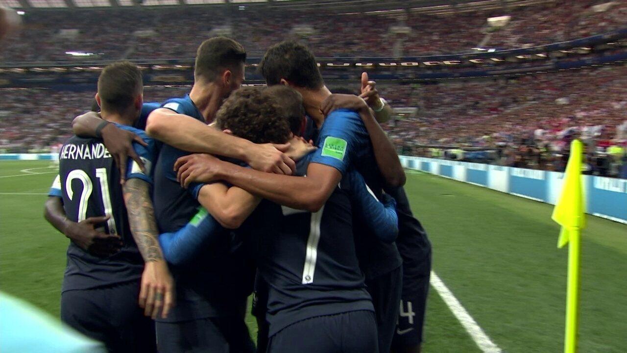 Gol da França! Griezmann cobra falta na área e Mandzukic marca contra aos 18 do 1º tempo