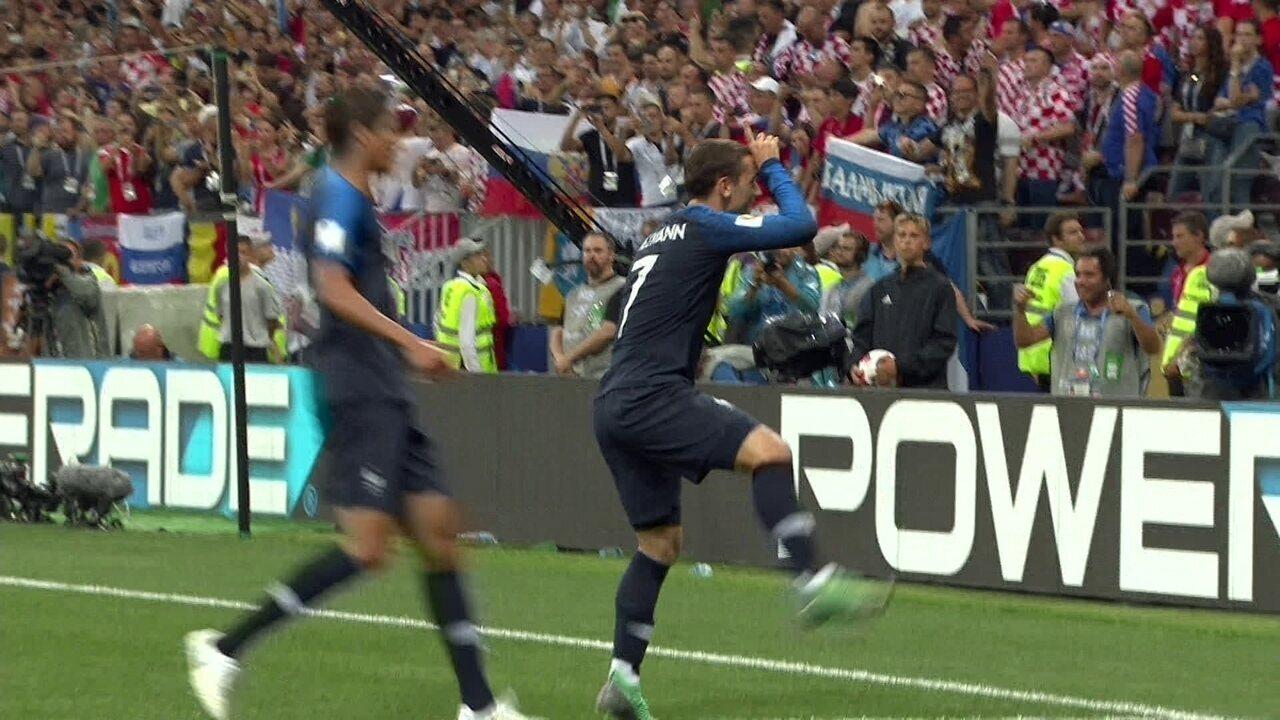 Gol da França! VAR marca pênalti e Griezmann faz o segundo aos 38 do 1º tempo