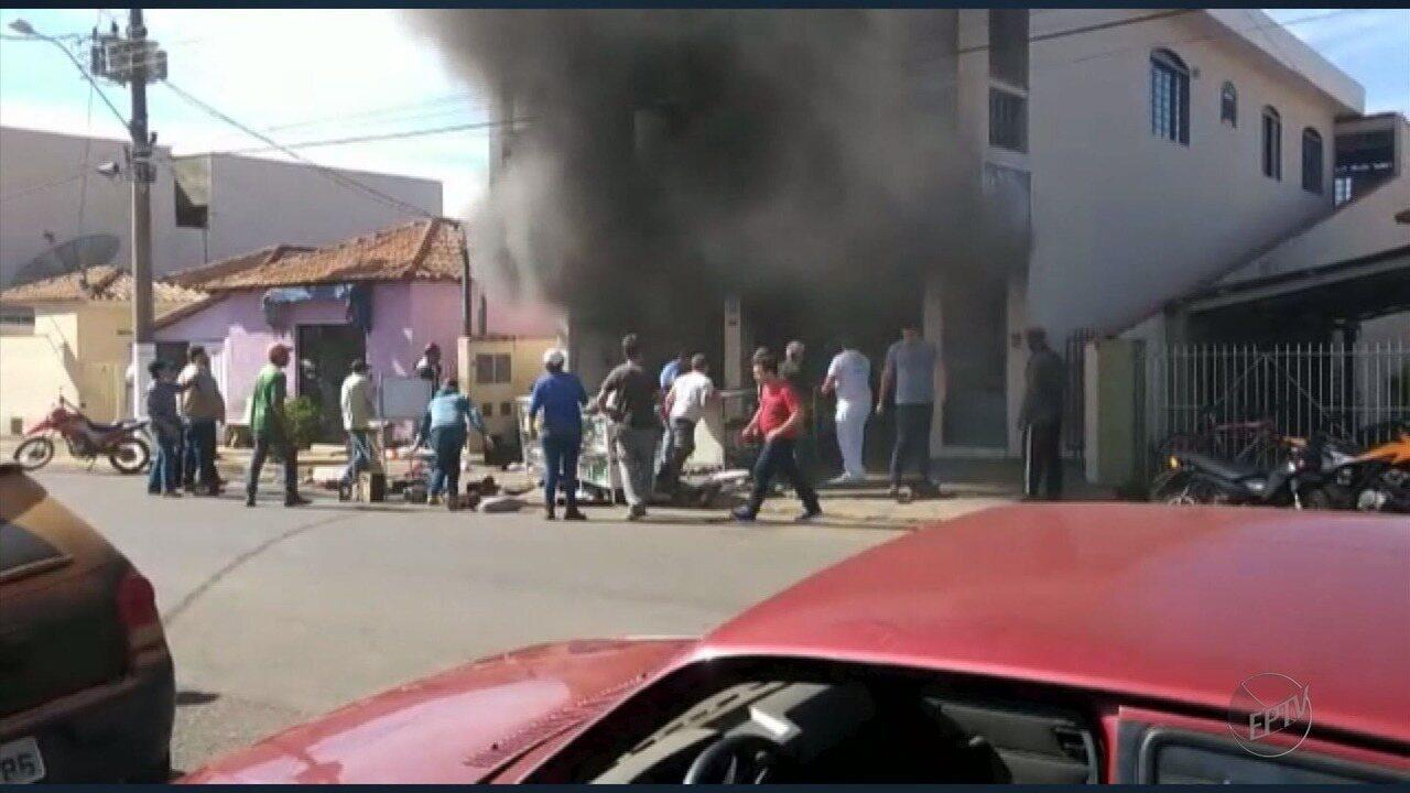 Incêndio leva 13 pessoas ao hospital por suspeita de intoxicação em Nova Rezende (MG)
