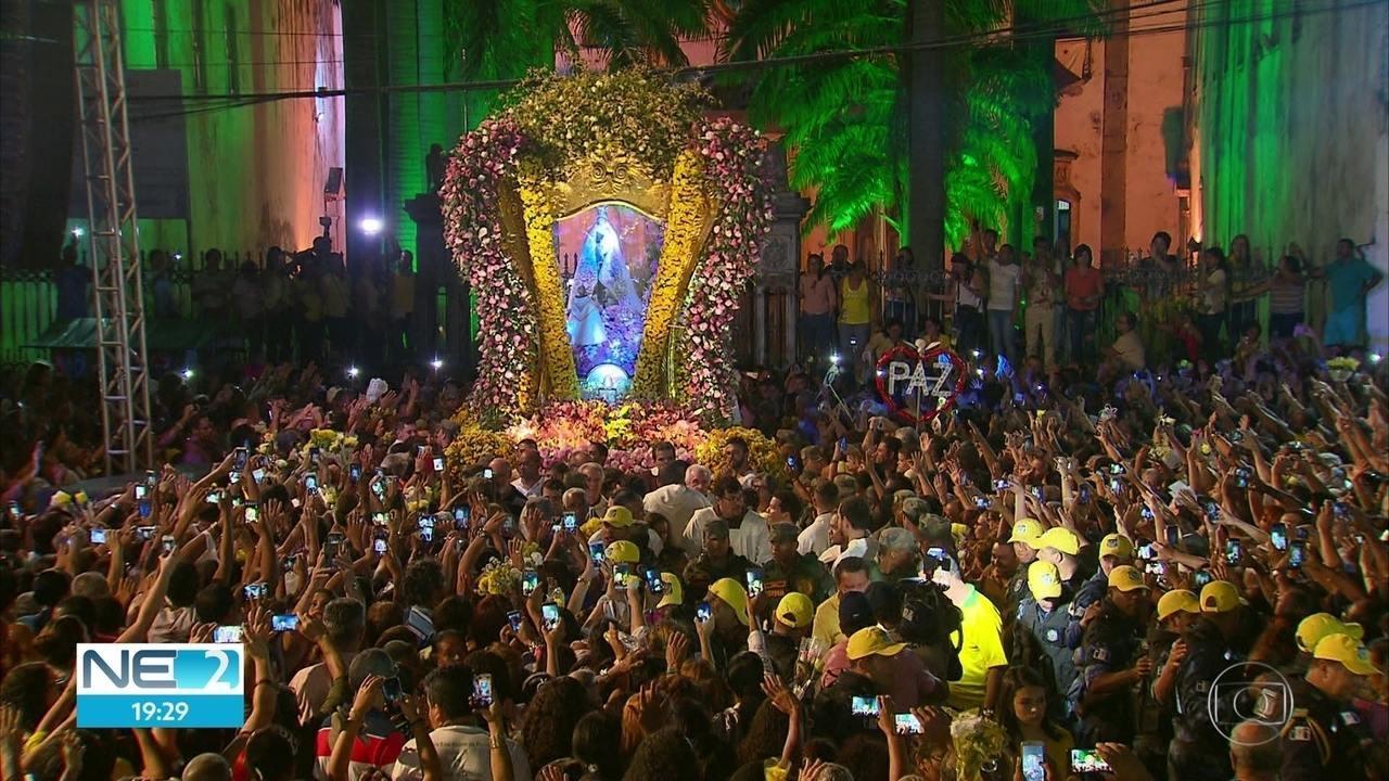 Feriado é repleto de homenagens a Nossa Senhora do Carmo