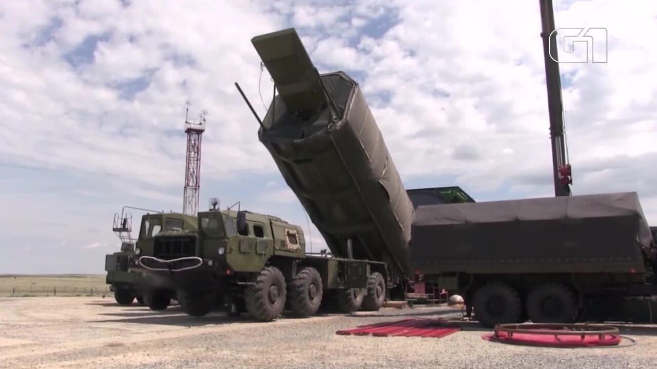 Rússia anuncia produção em série de míssil capaz de 'driblar' sistemas de defesas