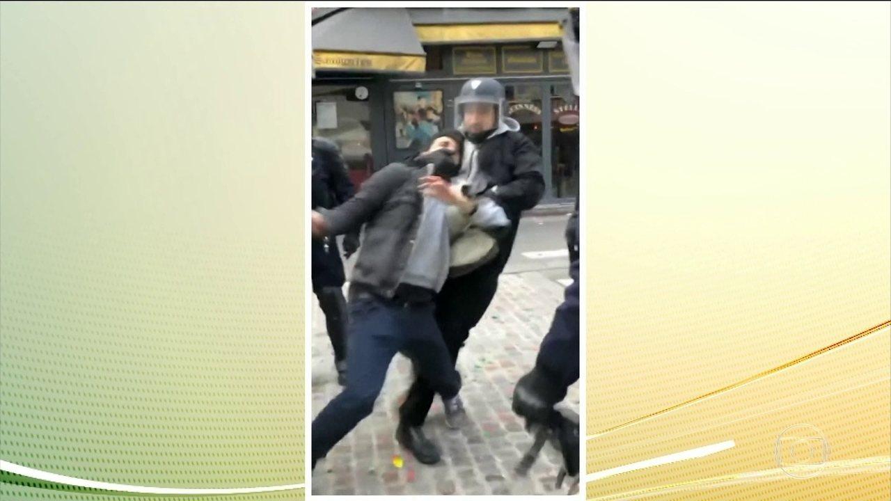 Macron decide demitir segurança que agrediu manifestante