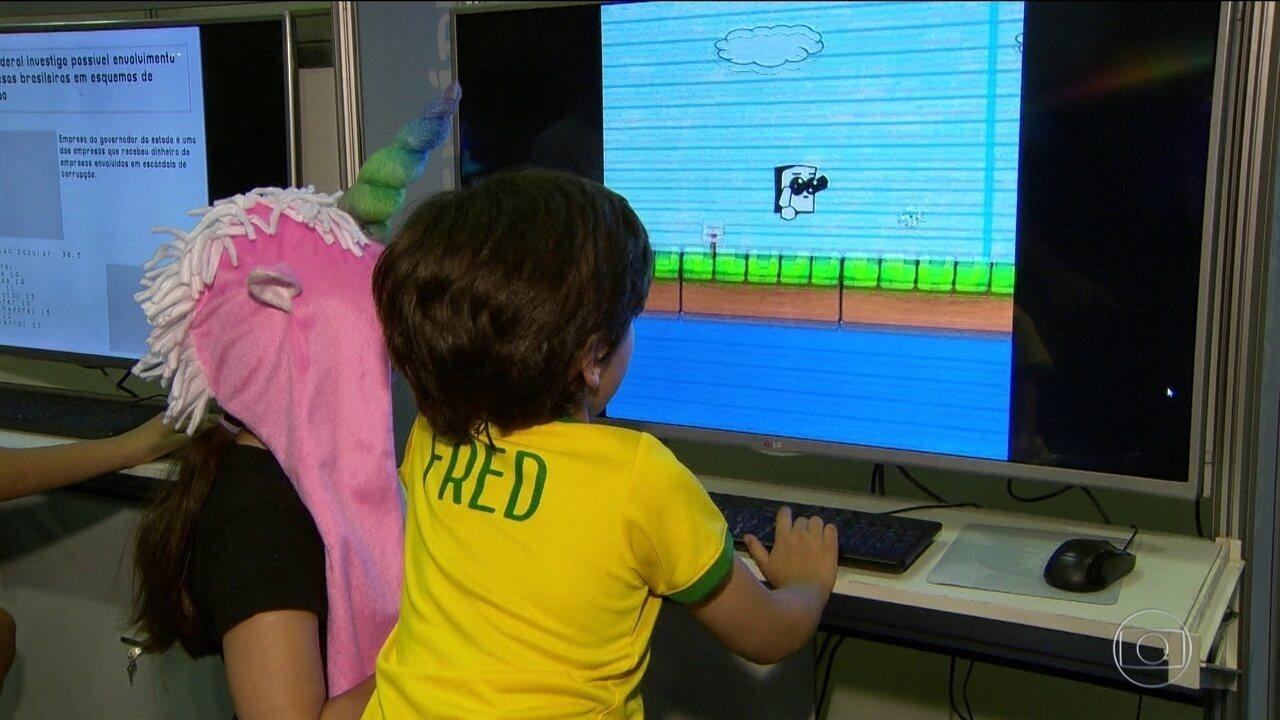 Jogo criado por jovens da comunidade carioca vira atração em famosa feira de games