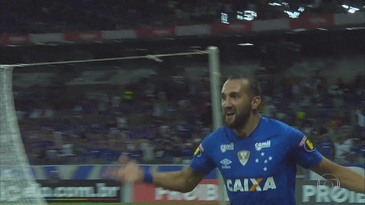 a7e8c4d546 Mano revela estratégia para manter Cruzeiro na briga em competições ...