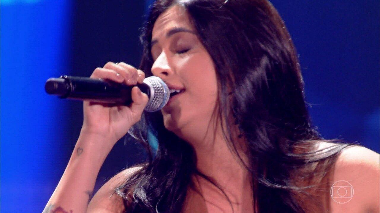 Larice Barreto canta