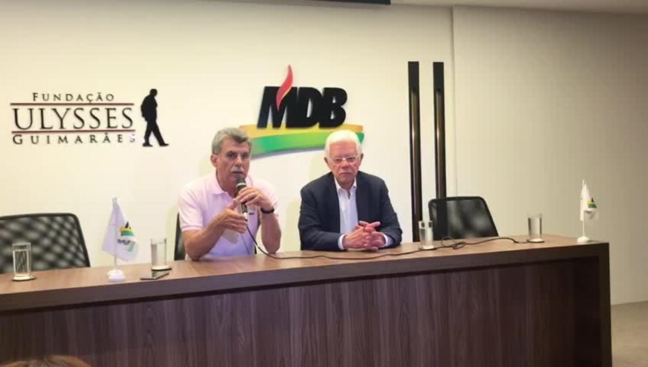 O presidente do MDB, Romero Jucá, ao lado do ministro Moreira Franco (Minas e Energia) durante anúncio de Germano Rigotto para compor chapa com Henrique Meirelles
