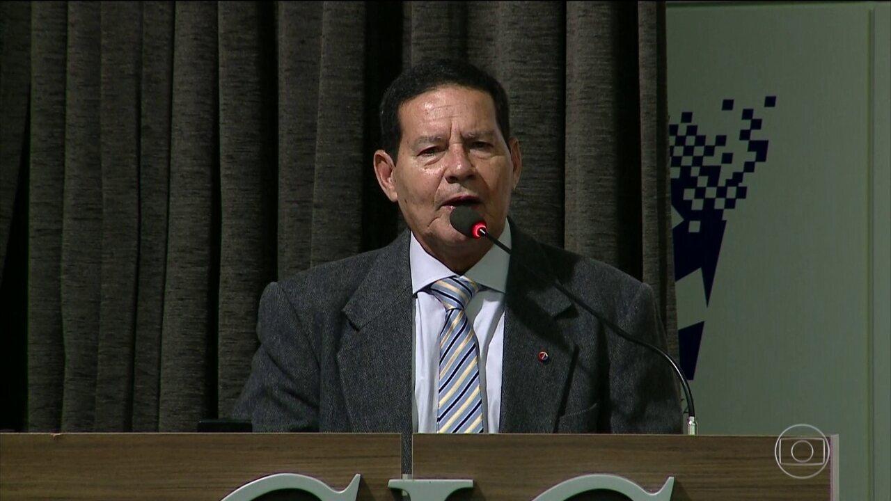 Vice de Bolsonaro faz declaração polêmica em evento no RS