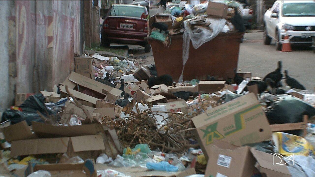 Acúmulo de lixo toma conta da feira do bairro Anjo da Guarda em São Luís