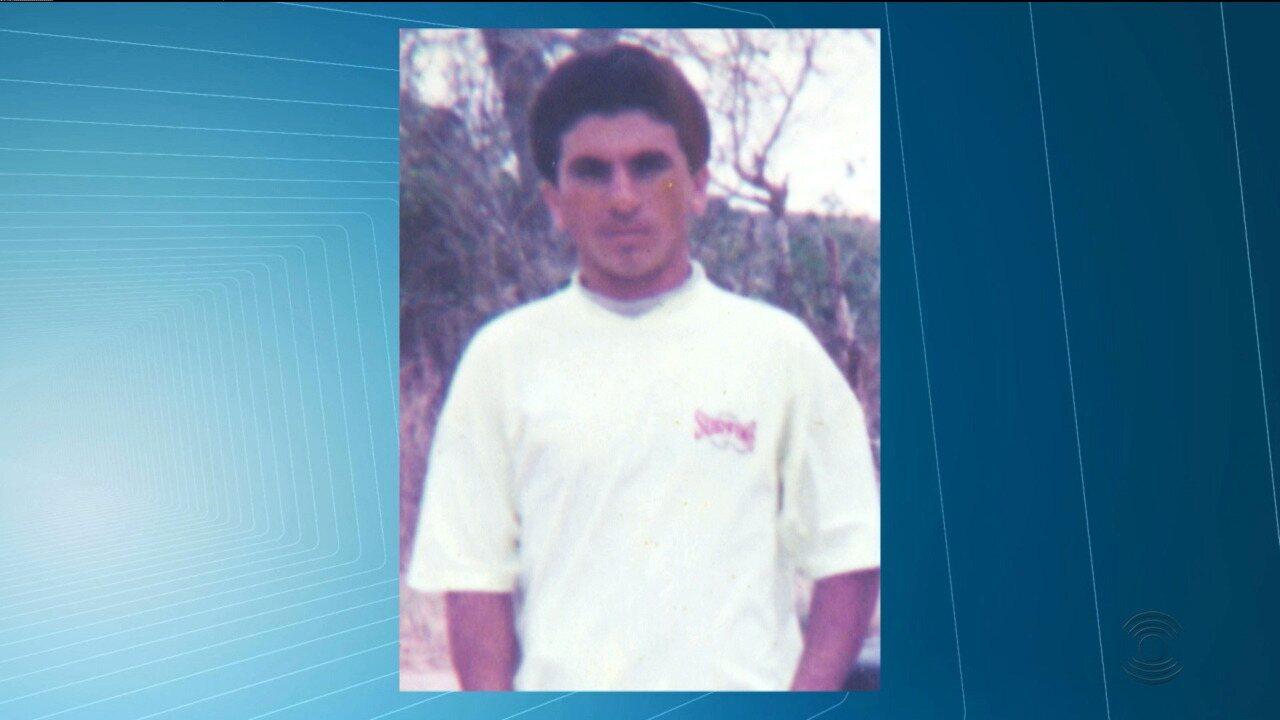 Corpo de trabalhador morto em acidente com silo carregado de milho é velado em Queimadas