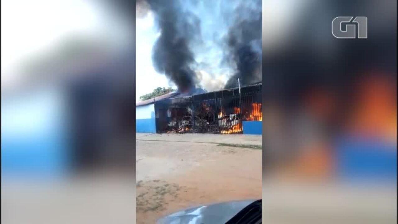 Incêndio destrói oficina mecânica na Zona Sul de Teresina