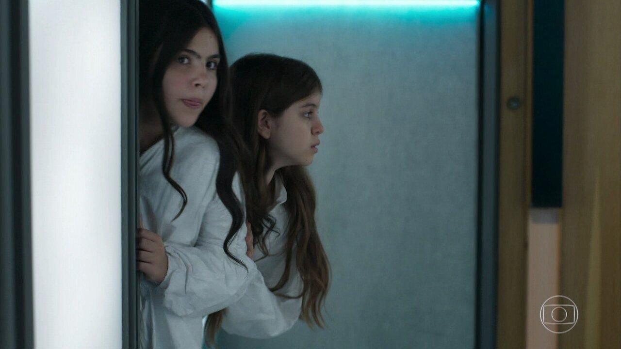 Nico e Kiki saem das cápsulas criogênicas
