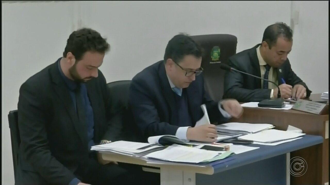 Vereador que pagou almoço em churrascaria para assessores de deputados tem mandato cassado