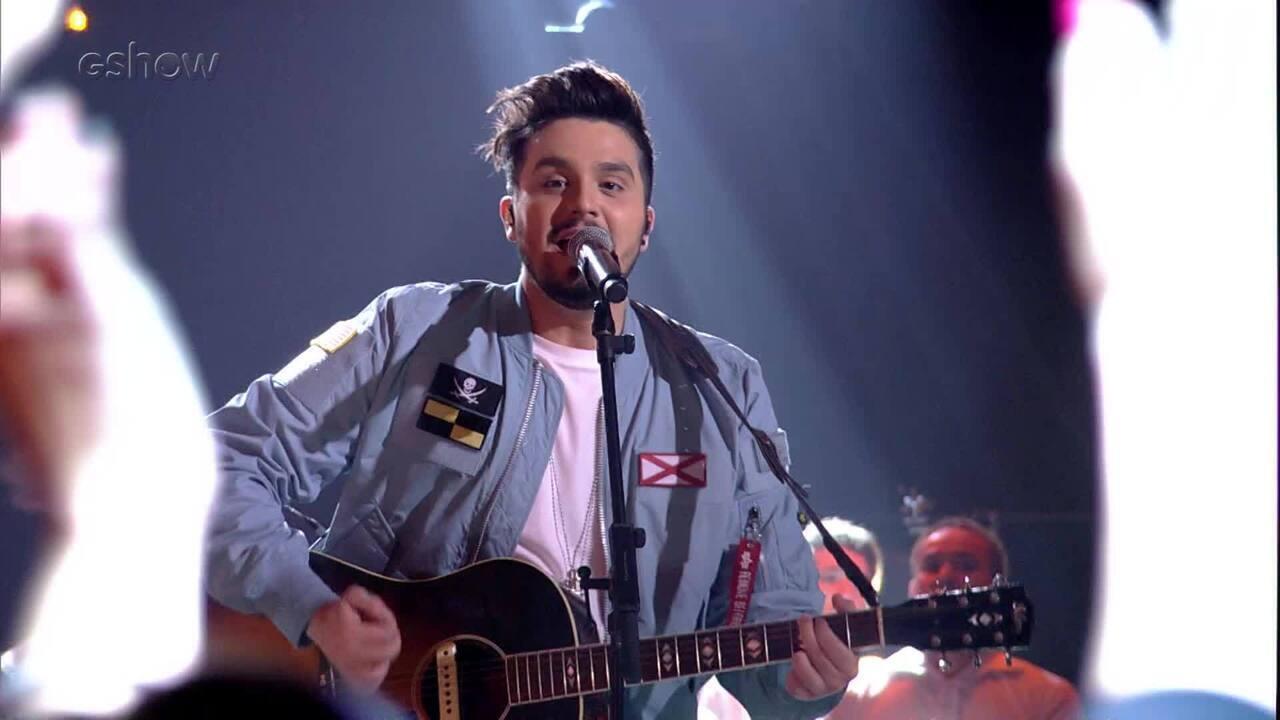 Luan Santana canta 'Sinais' no 'SóTocaTop'