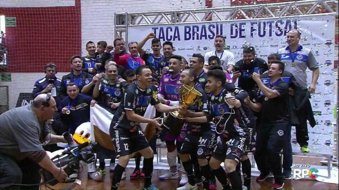 Pato futsal vence equipe do Erechim e é campeão da Taça Brasil de Futsal