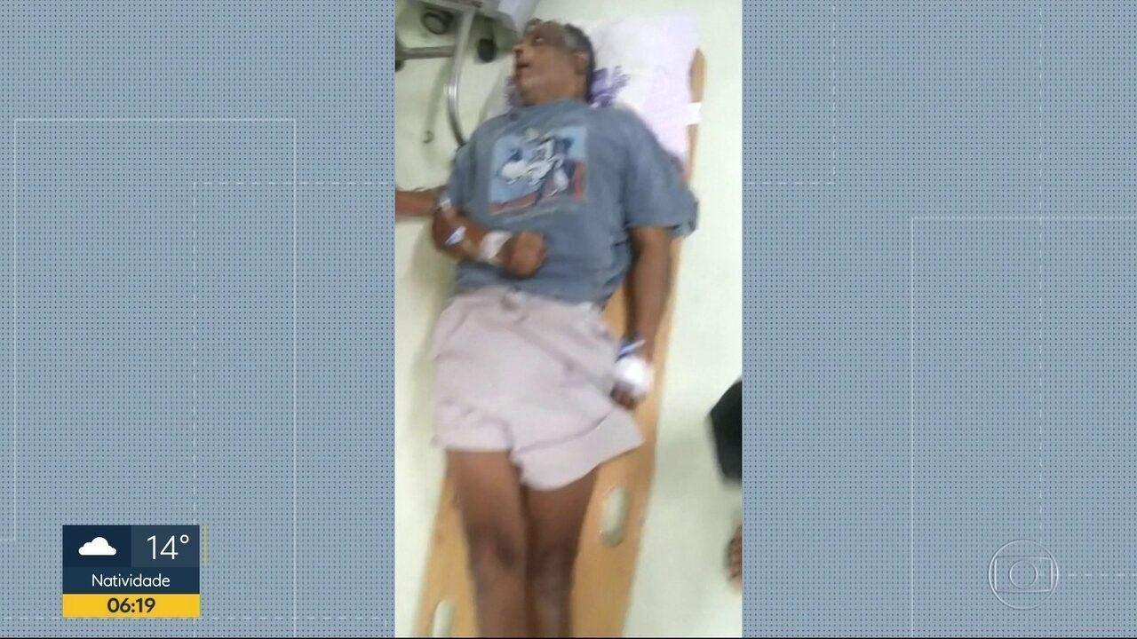 Morre paciente que foi atendido no chão em prancha de madeira em Duque de Caxias