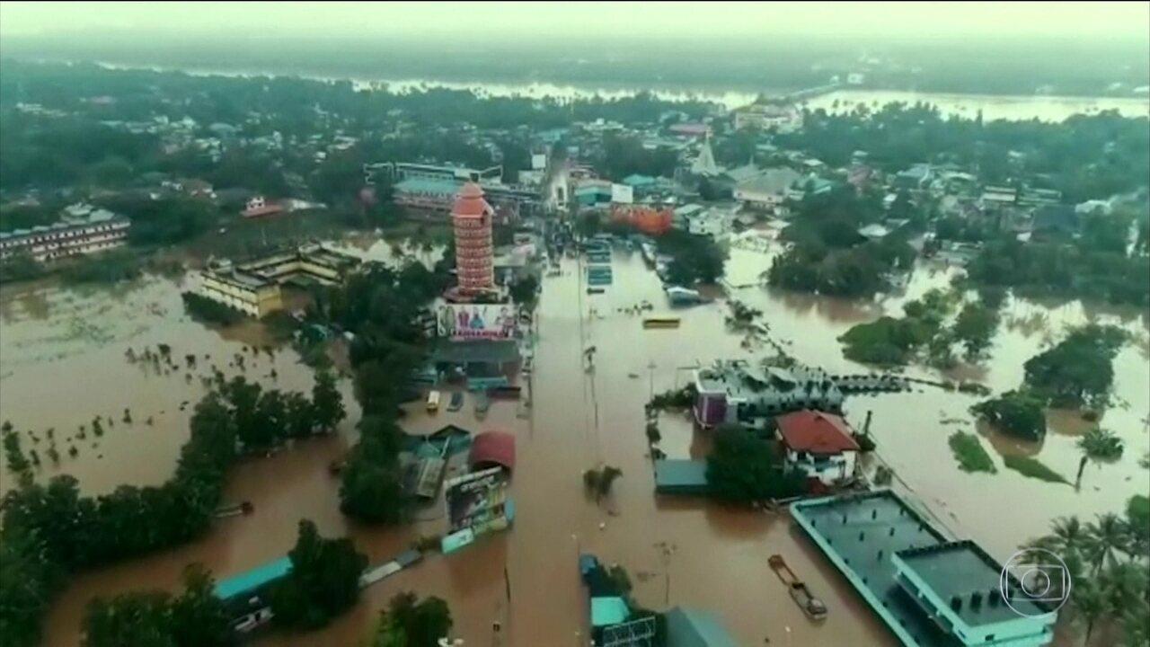 Inundações na Índia deixam mais de 300 de mortos