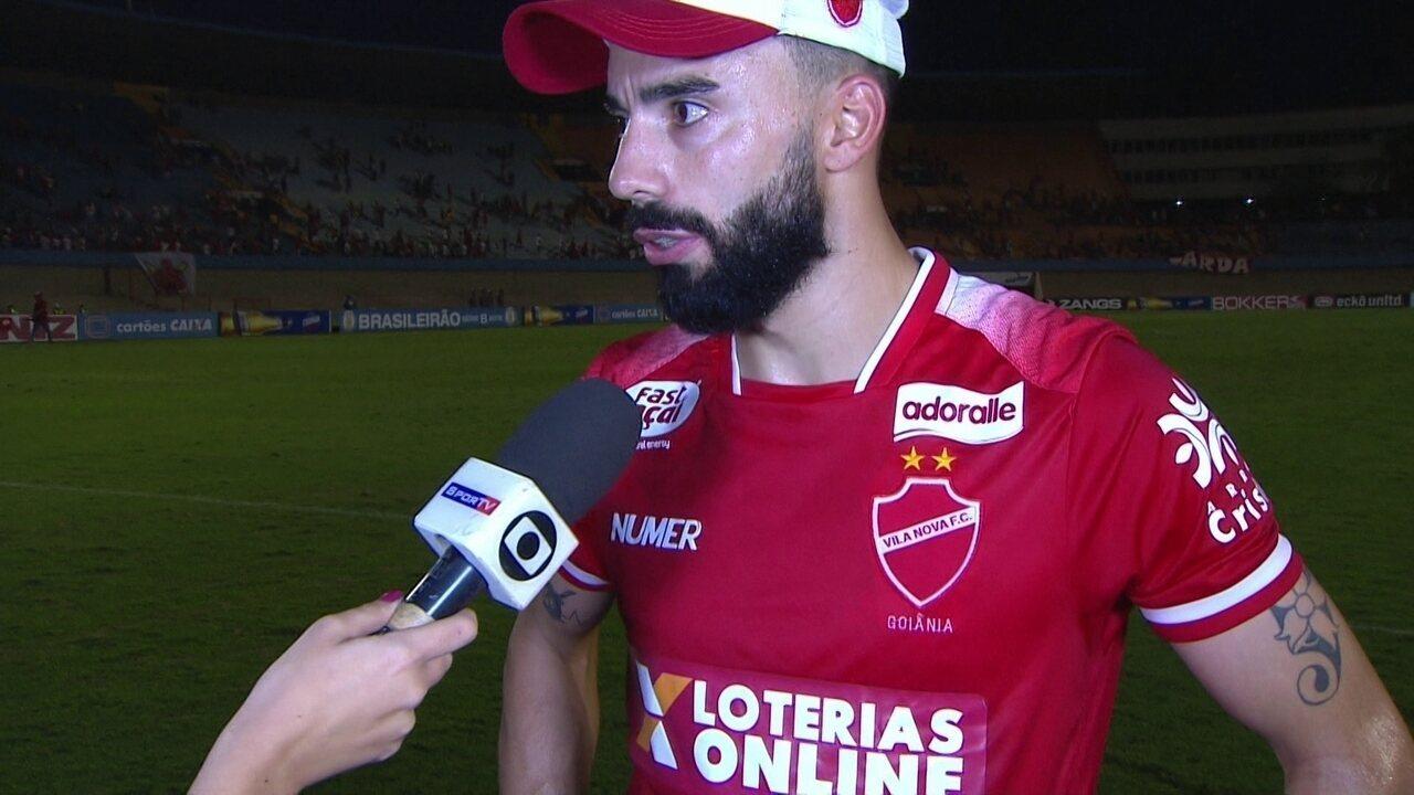 Gastón Filgueiras exalta união do grupo do Vila Nova após goleada sobre o  Goiás 05222d4fd05a5