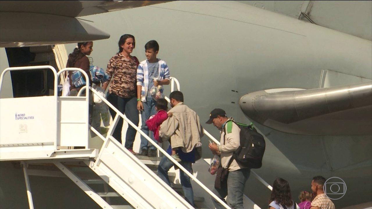 Mais um grupo de venezuelanos deixa Roraima rumo a outros estados brasileiros