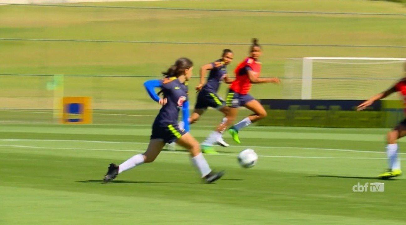 Piauiense Júlia treina com a Seleção sub-17 à espera de convocação para o Mundial