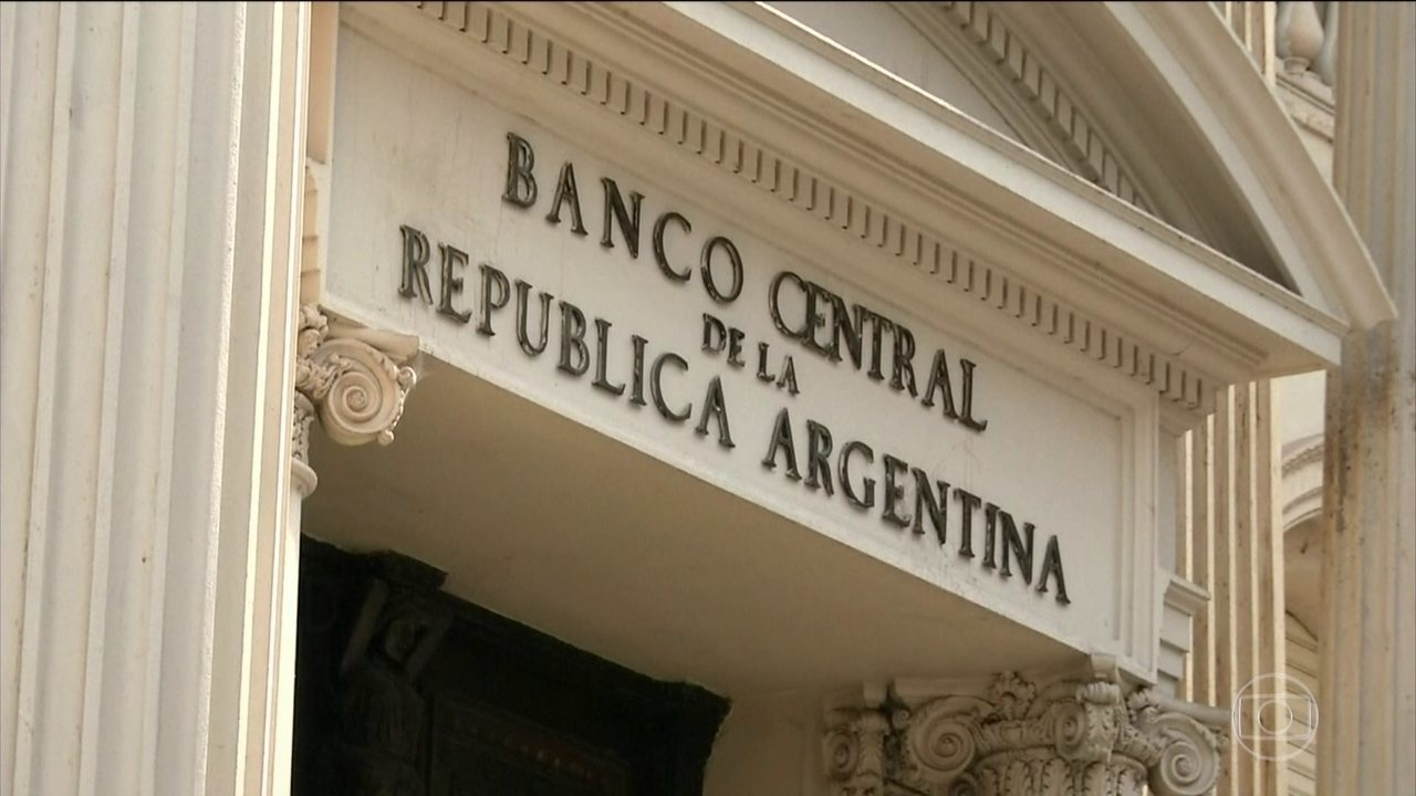 Banco Central da Argentina eleva taxa básica de juros de 45% para 60% ao ano