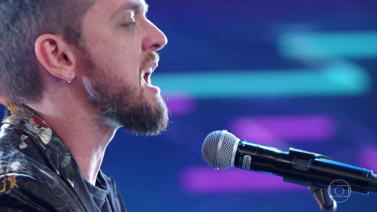João Ventura canta 'Caruso'