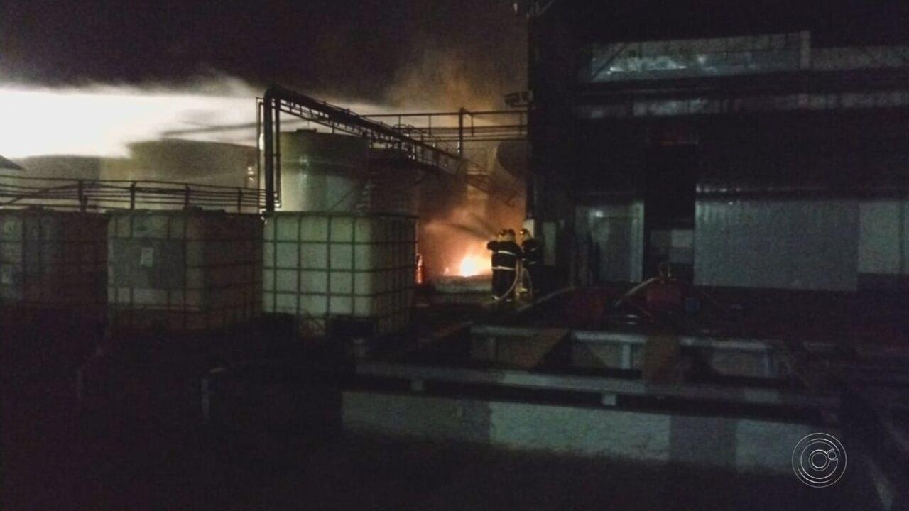 Tanque com etanol explode em usina e uma pessoa fica ferida em distrito de Jaú