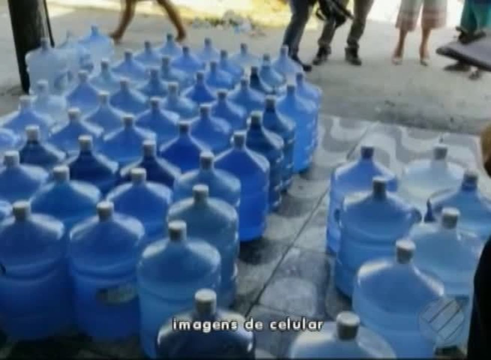 Depósitos de revenda de água mineral e adcionada de sais são alvo de operação do Procon