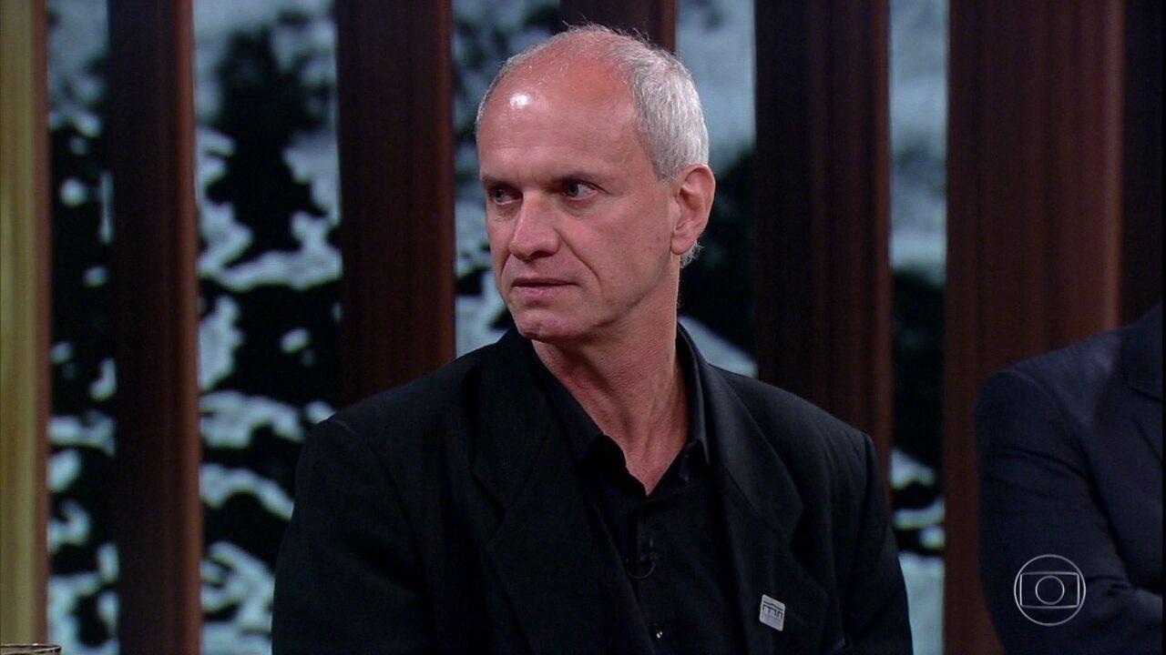 Alexander Kellner critica a falta de apoio de autoridades