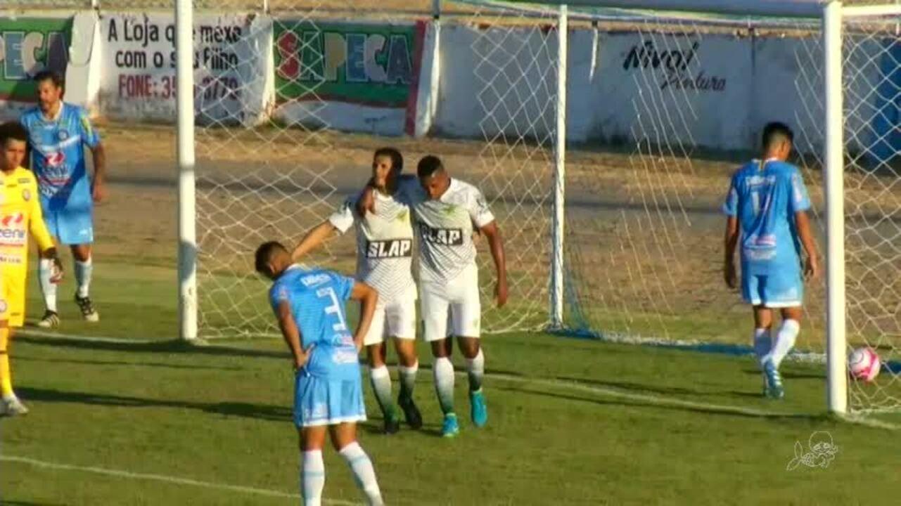Magno Alves faz gol de número 450 contra o Iguatu, pela Taça Fares Lopes