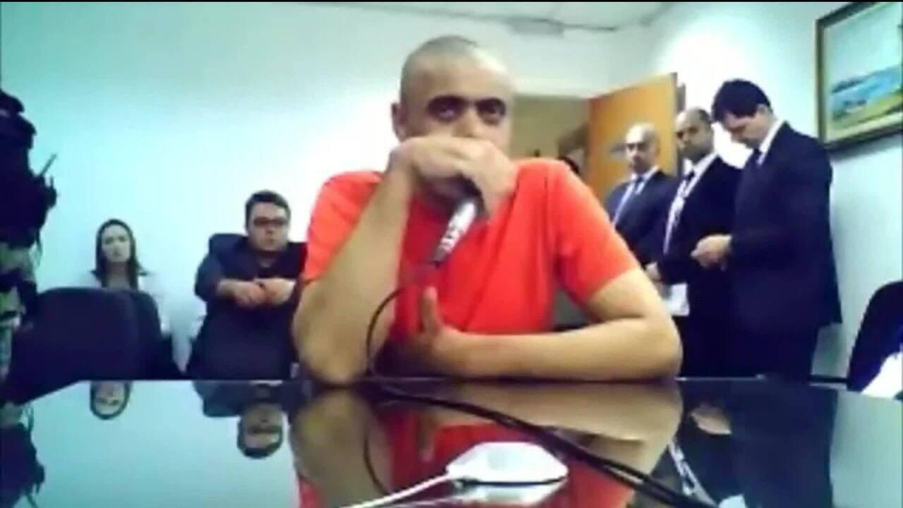 Agressor de Jair Bolsonaro presta depoimento à Justiça