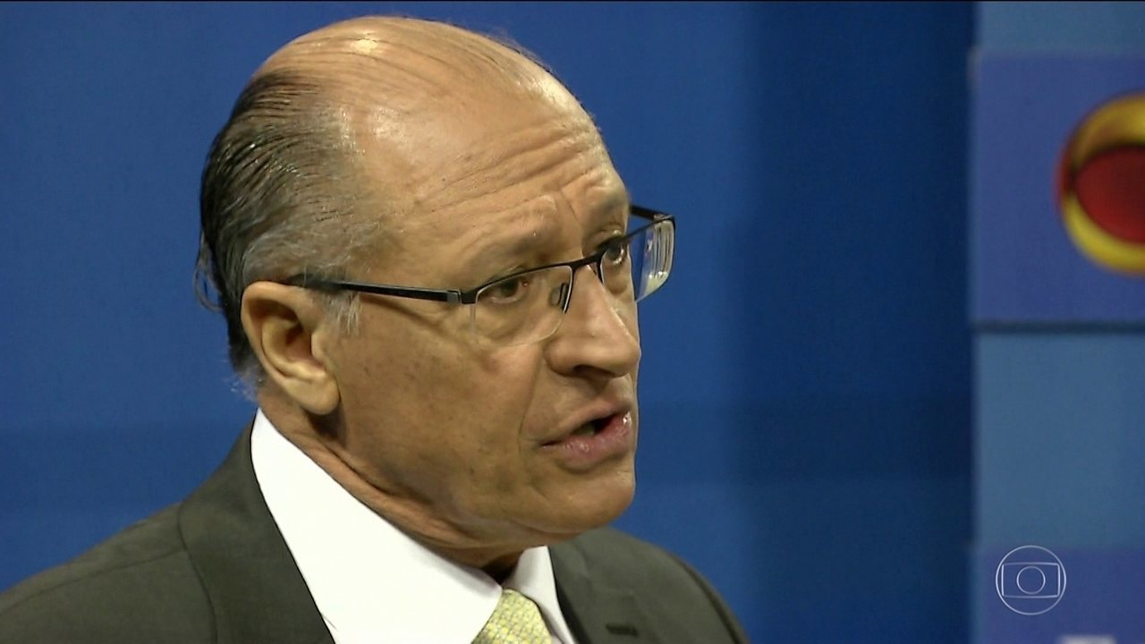 Candidato do PSDB, Geraldo Alckmin, faz campanha em São Paulo