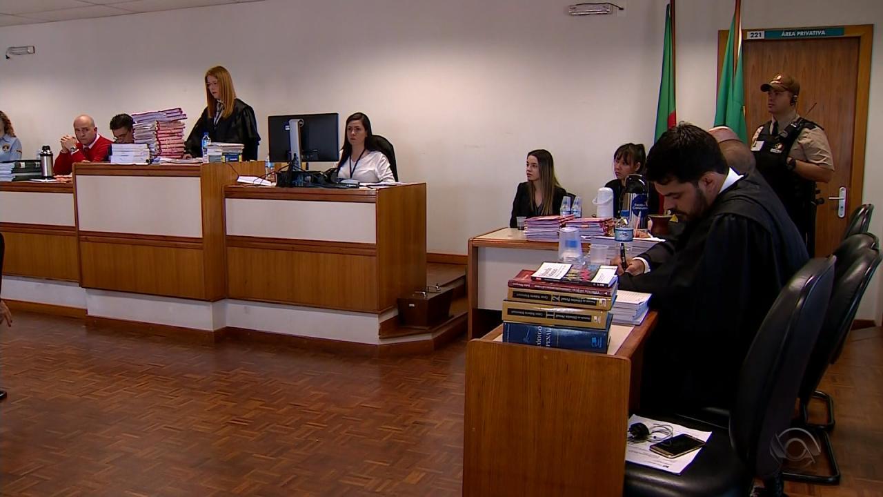 Julgamento popular de acusado de matar namorado da ex-mulher em 2011 é retomado no RS