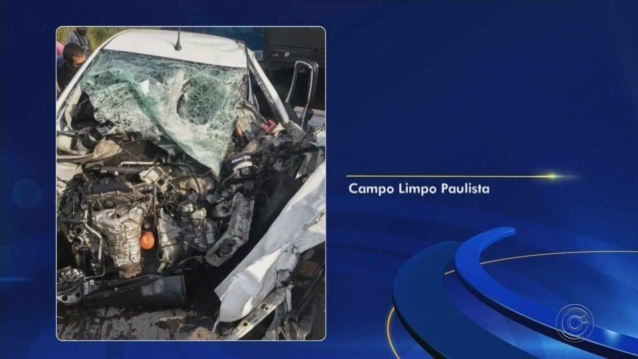 Motorista morre ao bater de frente com caminhão em rodovia