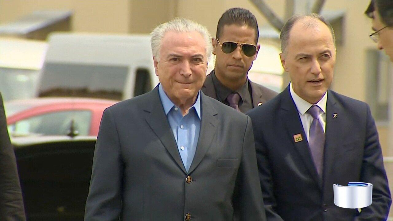 Presidente Michel Temer entrega moradias com atraso em Guaratinguetá