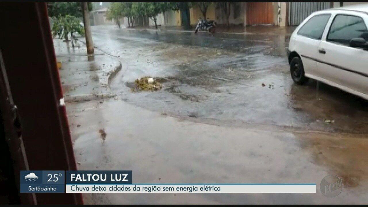 Chuva causa estragos e queda de energia elétrica na região de Ribeirão Preto