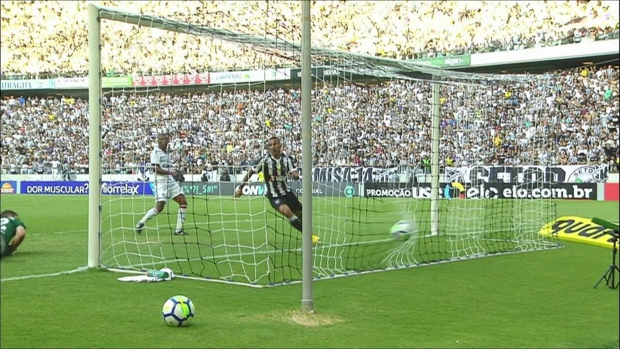 Melhores momentos: Ceará 2 x 0 Vitória pela 25ª rodada do Campeonato Brasileiro