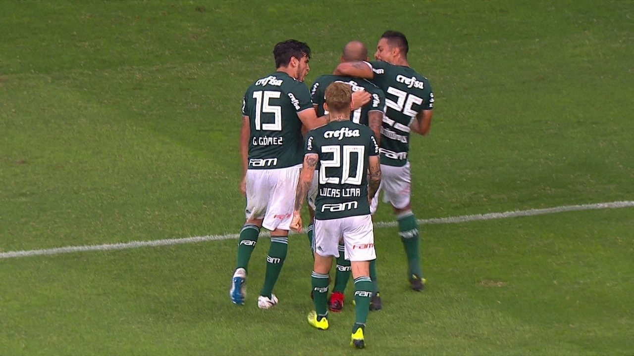 Gol do Palmeiras! Dudu cruza e Felipe Melo desvia para empatar, aos 32' do 2ºT