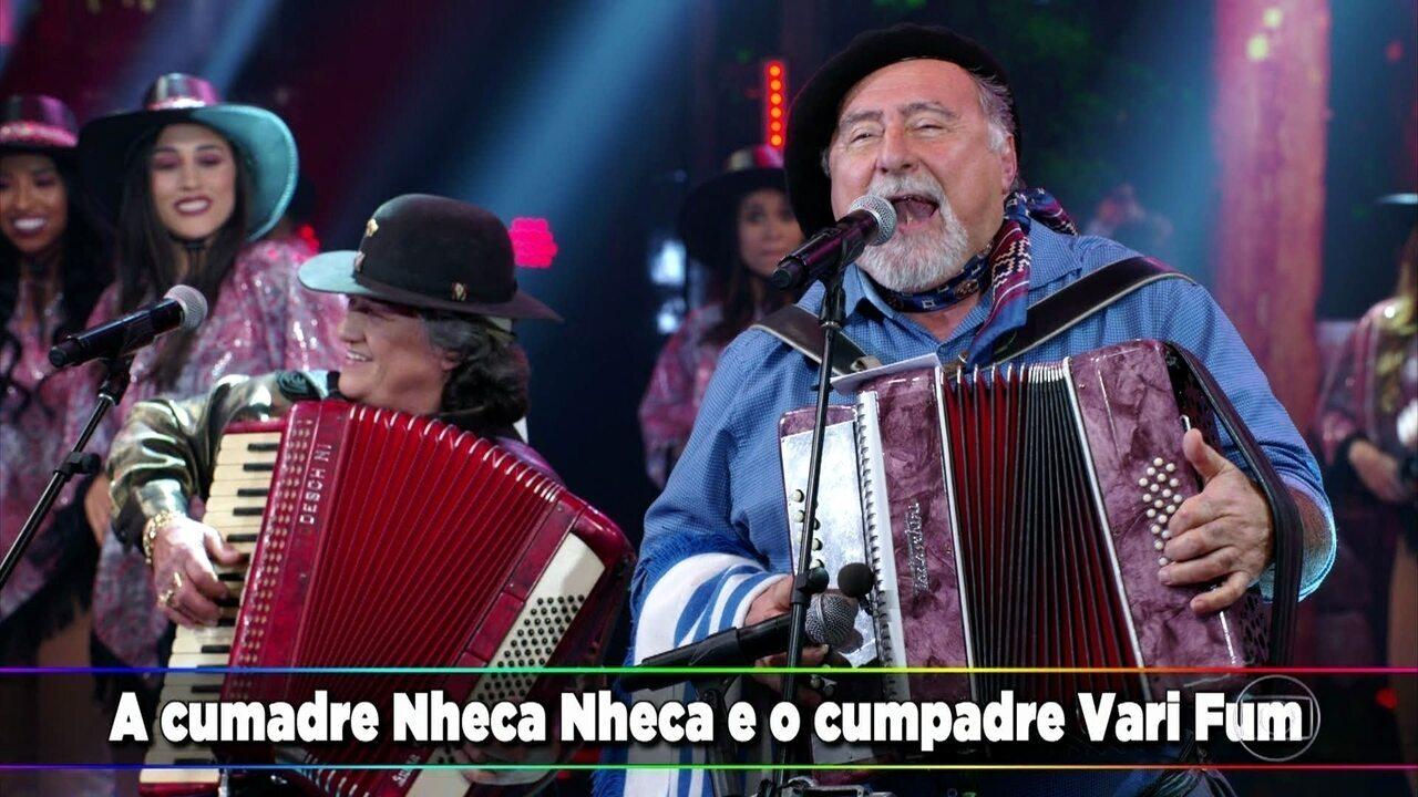 Gaúcho da Fronteira canta e toca 'Nheco Vari Nheco Fum'