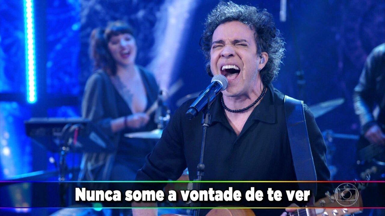 Paulinho Moska canta 'Meu Nome É Saudade de Você'