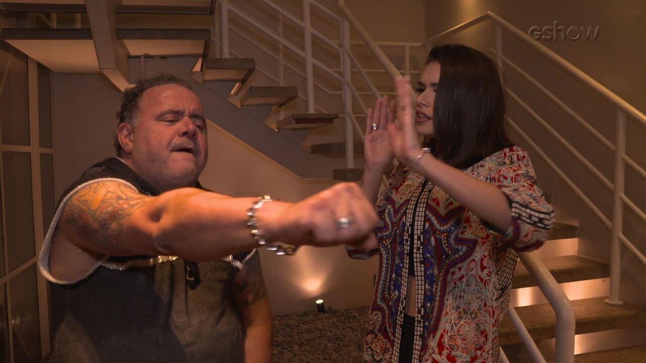 Leo Jaime ensina passo de funk sucesso no 'Dança dos Famosos'