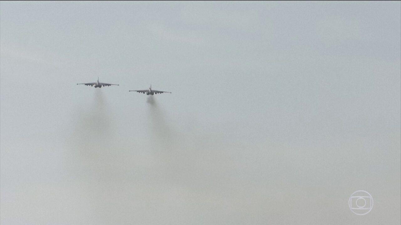 Avião russo é derrubado pelo sistema antiaéreo sírio