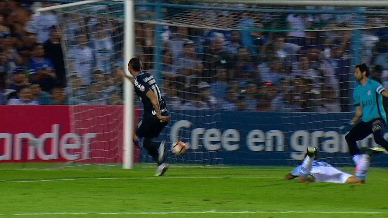 a40ea14281 Melhores momentos  Tucumán 0 x 2 Grêmio pelas quartas de final da  Libertadores 2018