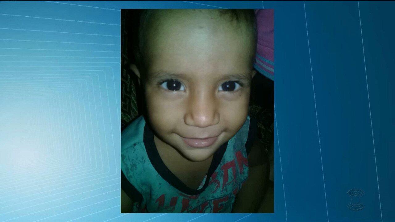 Polícia Civil conclui inquérito e indicia mãe e padrasto por morte de bebê em Queimadas