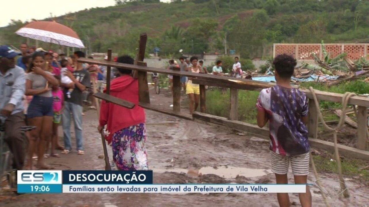 Famílias despejadas de ocupação serão transferidas para prédio da Prefeitura de Vila Velha