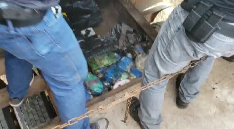 Motorista e passageiro foram presos com mais de 200 kg de cocaína em MT