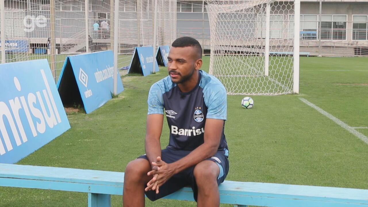 Léo Gomes fala sobre 1ª Libertadores, ascensão na carreira e 'conselhos inesquecíveis'