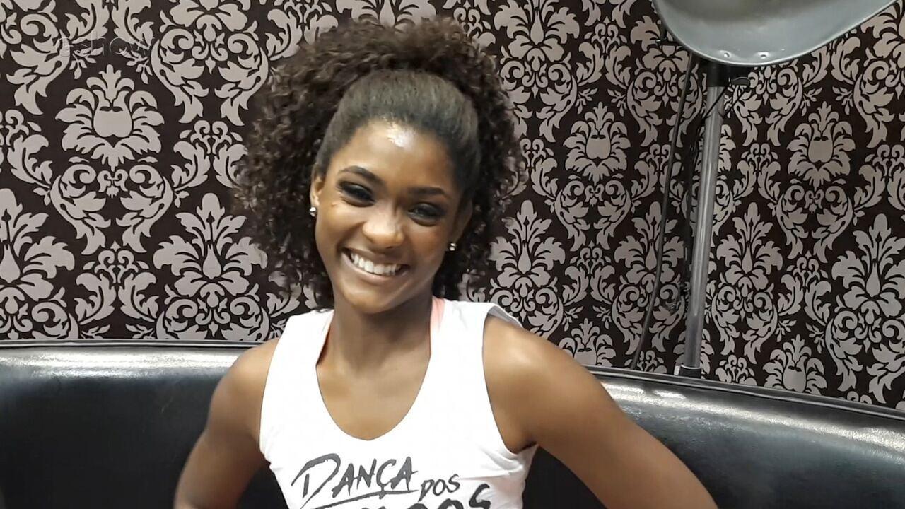 Erika Januza fala sobre a ansiedade para dançar o funk na Dança dos Famosos