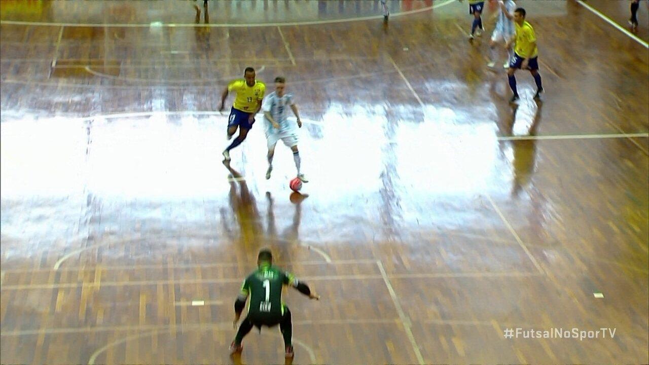 Os gols de Brasil 4 x 4 Argentina pelo amistoso internacional de futsal b7629e5464131